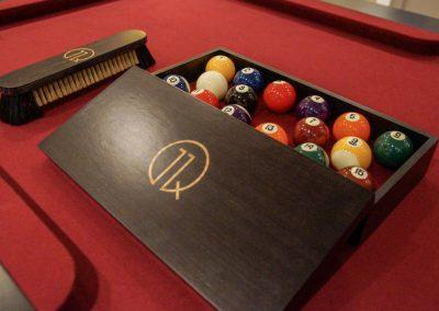 Gold-inlaid Walnut Ball Box