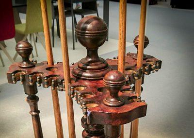Burr-Walnut Antique turntable Cue-Rack