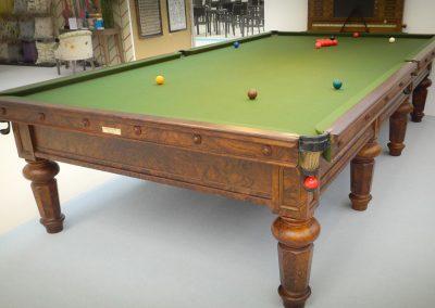 Burroughes & Watts full size antique billiard table - Hex leg Burr Walnut